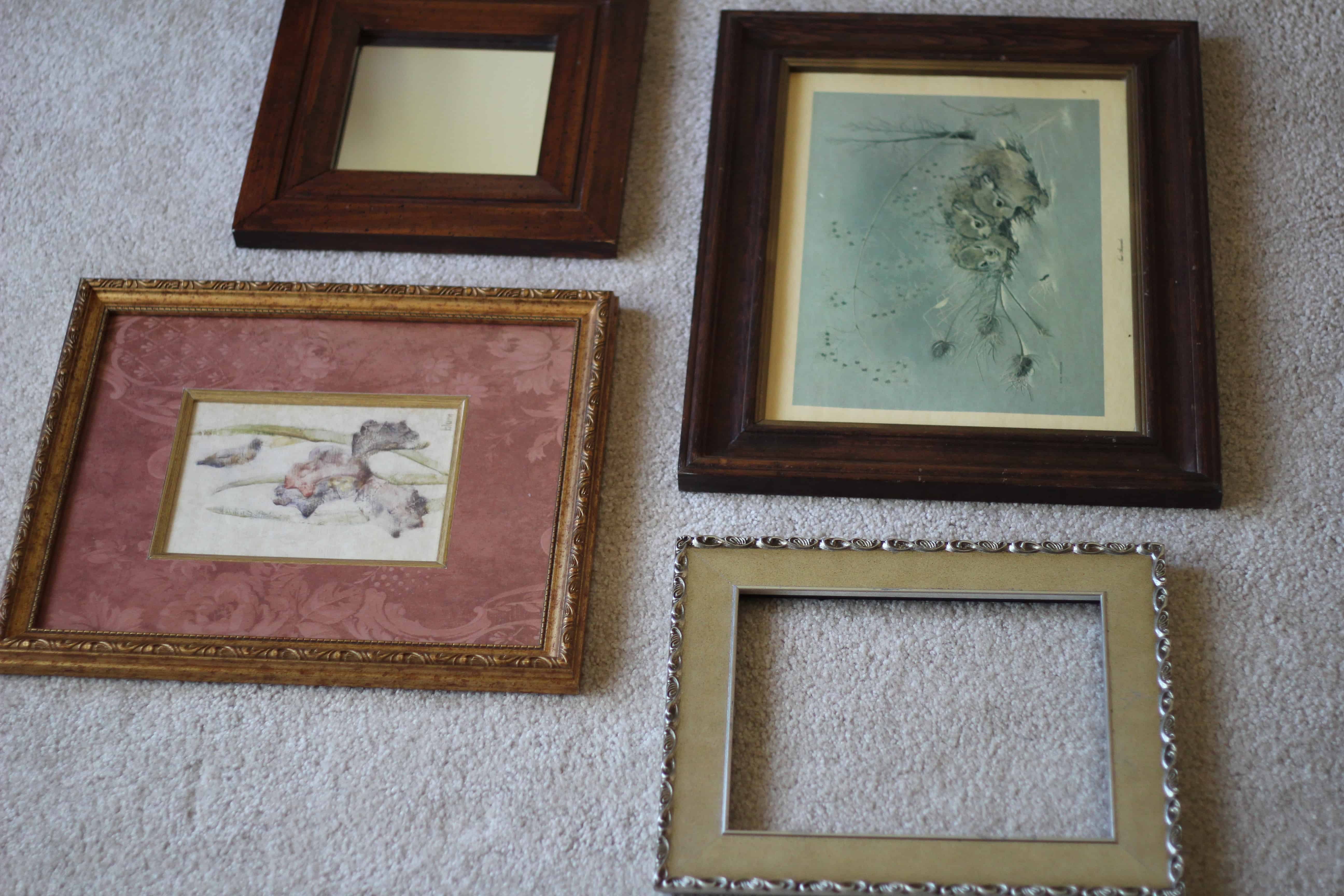 When you are decorating your home on a budget, it helps to get creative. Learn how I made this farmhouse gallery wall using thrifted picture frames and chalk paint. | bellewoodcottage.com