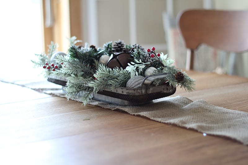 Deck the halls with this round up of budget friendly Christmas decor! Everything is $30 or less, making it easy to stay on budget this holiday season. From Bellewood Cottage