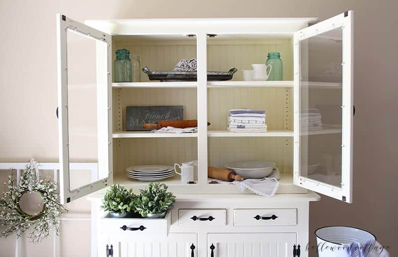 furniture rehab: how to transform a hutch with paint