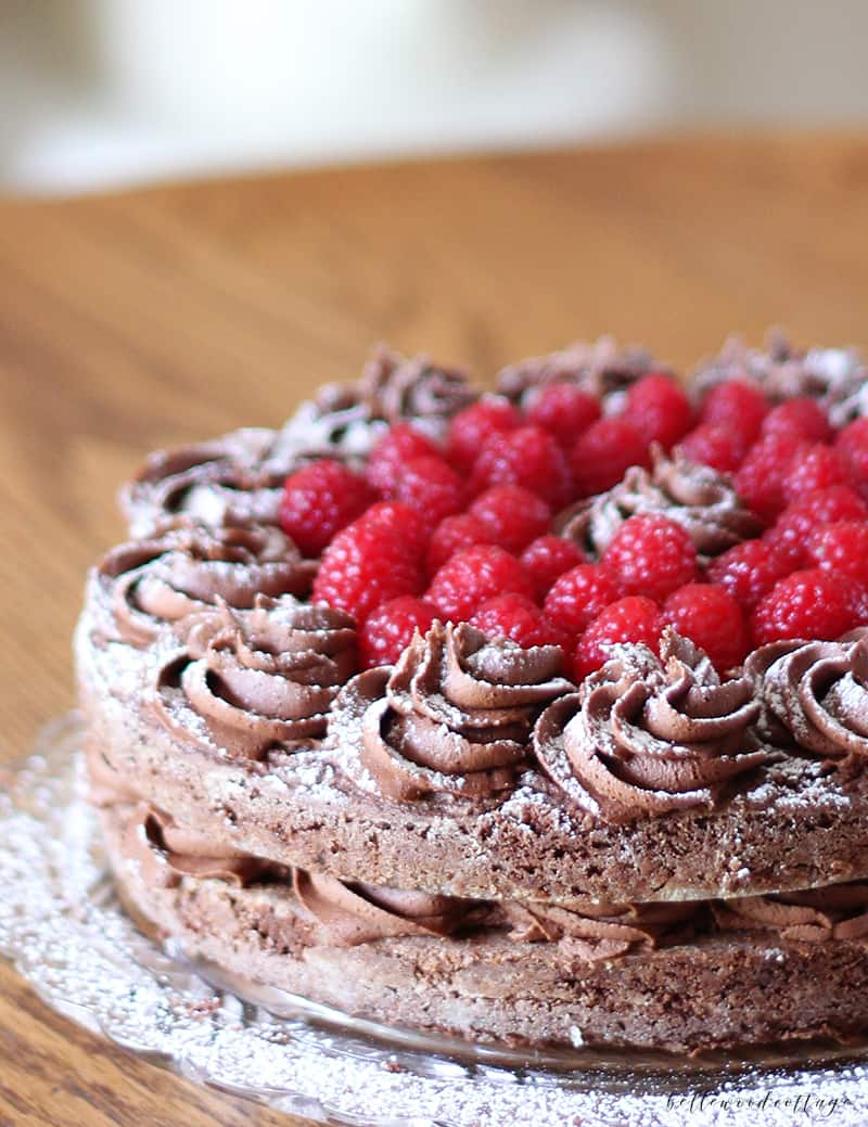 How to make a gluten free chocolate layer cake