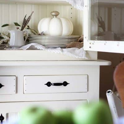 How to Style a Fall Farmhouse Hutch