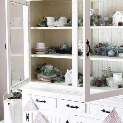 How to Style a Hutch for Christmas