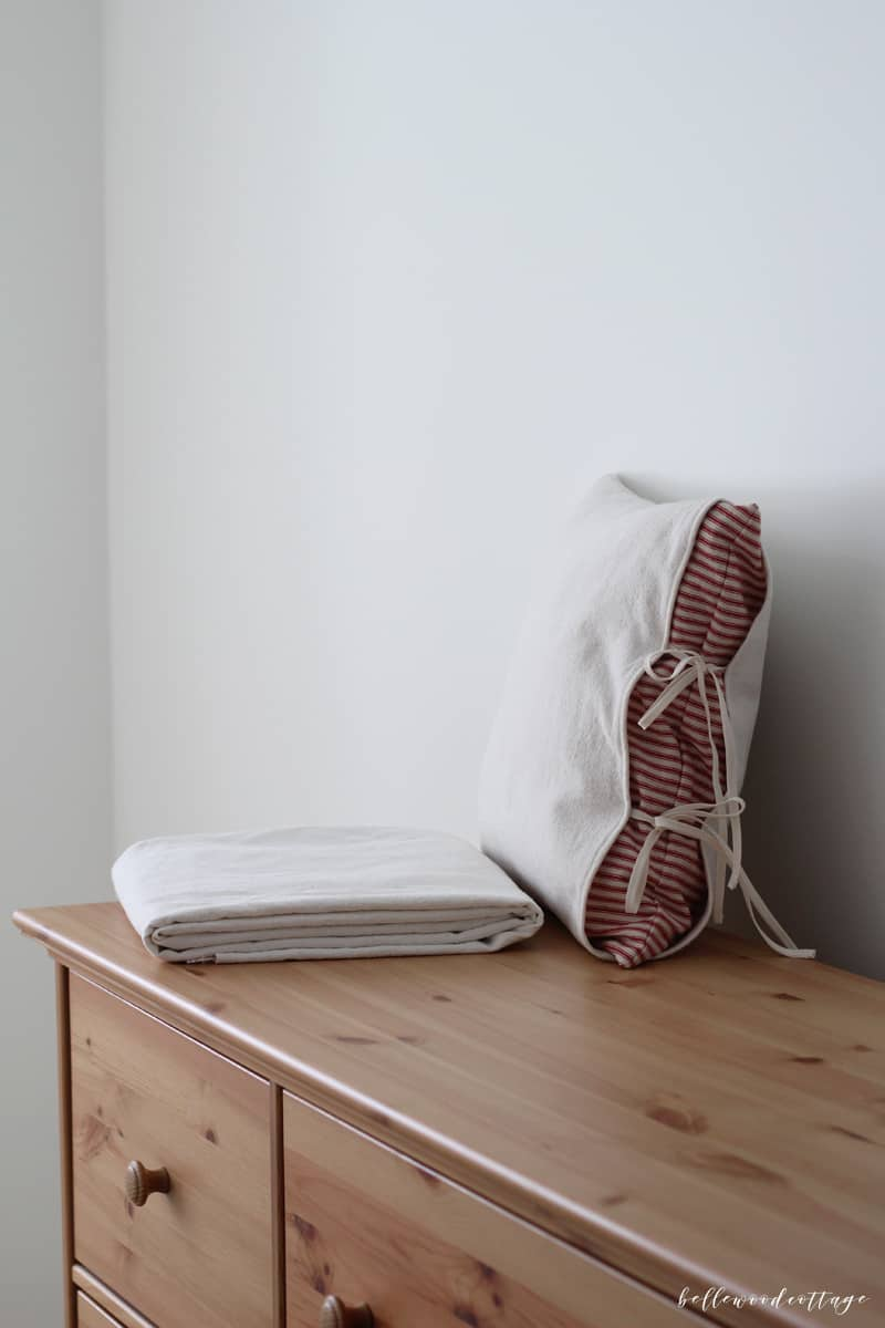 Does bleaching drop cloths ACTUALLY work? Visit Bellewood Cottage for a full step-by-step tutorial on how to bleach drop cloths, frequently asked questions, and suggestions for using bleached drop cloths in your home decor. BellewoodCottage.com