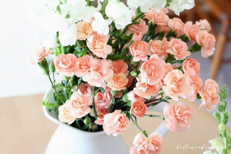 Spring Floral Inspiration with Rose and Laurel