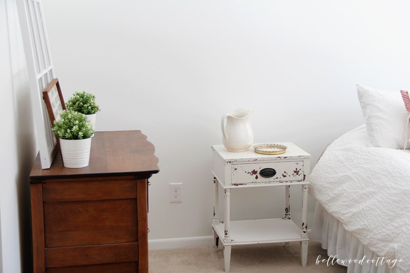 If you have ever been curious about trying milk paint, head on over to Bellewood Cottage where I'm sharing my latest milk paint before and after. I used Miss Mustard Seed's Milk Paint to transform an antique nightstand into a character-filled chippy piece and I couldn't love it more!