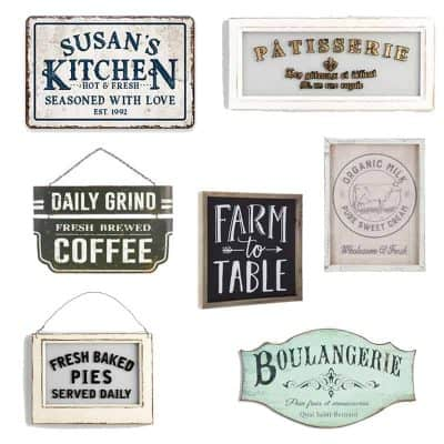 Join me for a fun round up of farmhouse style kitchen wall decor. Finding just the right piece to fill empty walls can be a challenge, but I love how these farmhouse style signs add style and character to any kitchen!