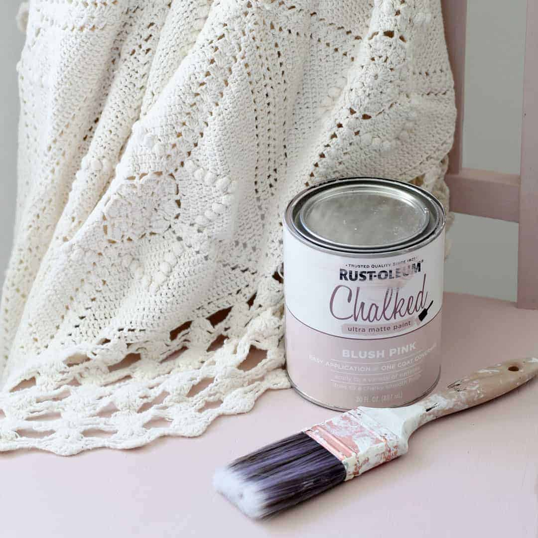 How to Flip Furniture With Pink Chalk Paint
