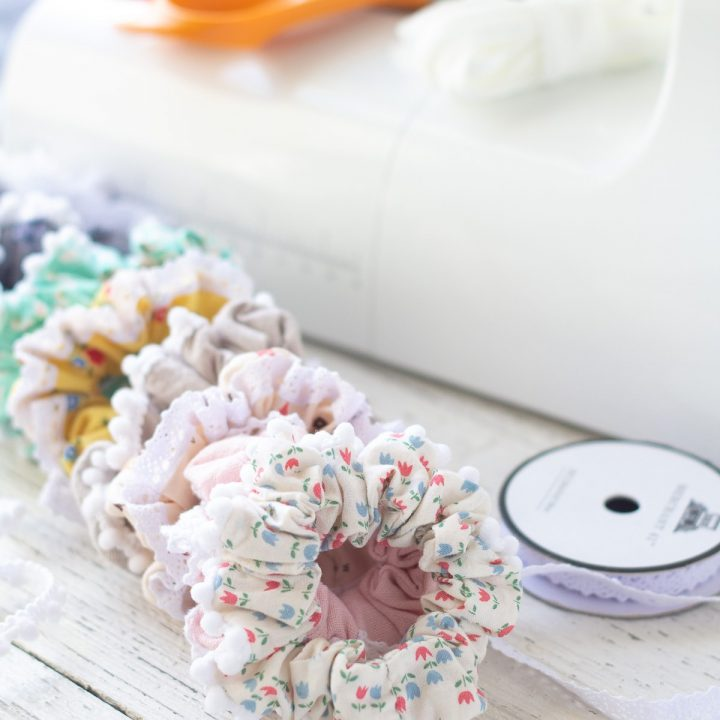 Scrunchies sewn with lace-trimmed scrunchie tutorial.