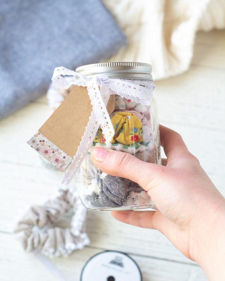 Scrunchies in a Mason Jar – Handmade Gift Idea