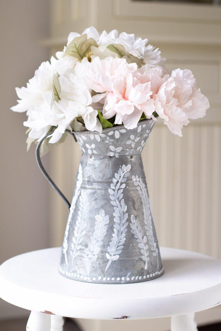 Easy Craft! Galvanized Pitcher + Chalk Paint DIY Home Décor