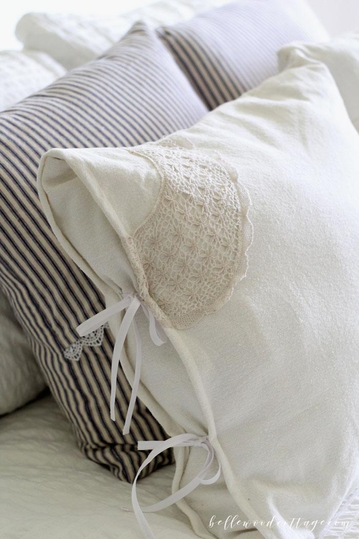DIY farmhouse décor drop cloth pillows.